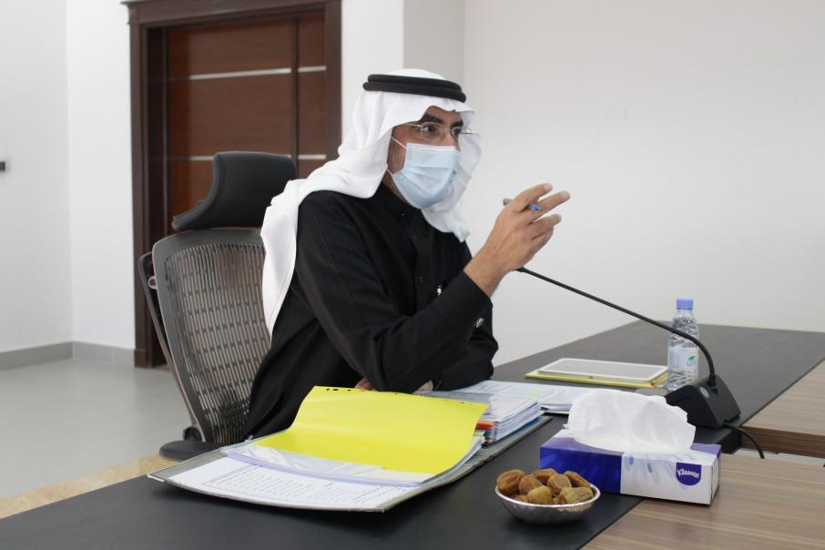 مجلس كلية الدراسات العليا يناقش سير العملية التعليمية خلال الفصل الدراسي الثاني