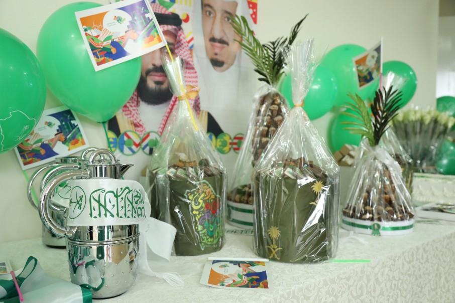 قسم الطالبات بكليات الشرق العربي يحتفل باليوم الوطني