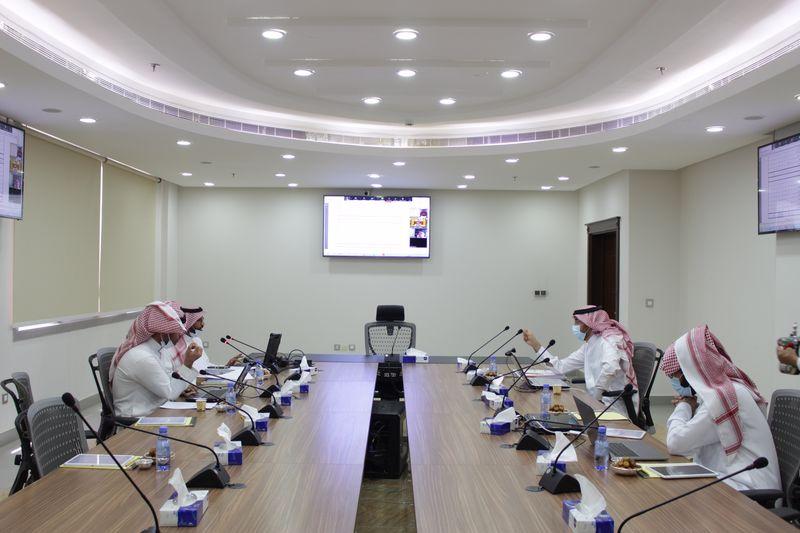 مجلس أمناء كليات الشرق العربي يعقد اجتماعه الثاني